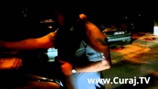 Domnica Cemortan se bagă în fața mașinii, poliția nu intervine.