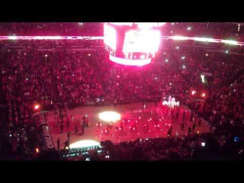 Thumbnail image for 'Presentación de los Chicago Bulls en Partido 2 de playoffs ante los Wizards'