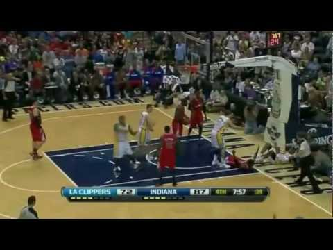 Leandro Barbosa Mix - The Show Goes On    HD