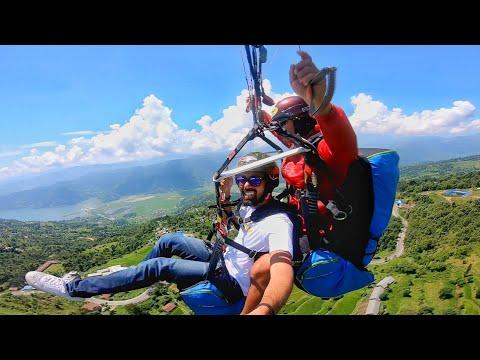 Bhai 100-200 jayda Le Le Par LAND karwa de | Paragliding in POKHARA | PARAGLIDING FUNNY VIDEO