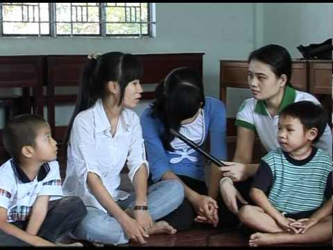 KVS Năm 2 (CT.Số 08) Thăm nhà nuôi trẻ mồ côi Hướng Dương