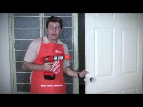 C mo cambiar una puerta youtube for Como blindar una puerta