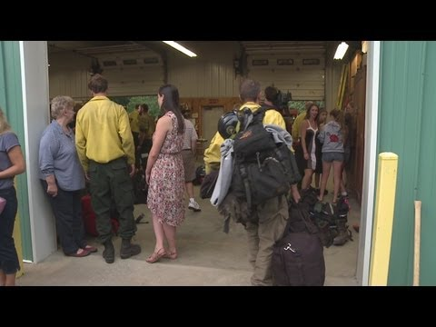 Firefighters return from Canada wildfire