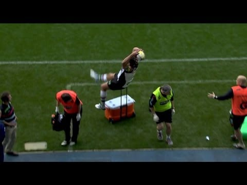 Nick Easter falls over a cooler | Premiership Video Rugby Highlights 2013 - Nick Easter falls over a