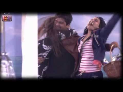 Kushal Tandon Gauhar Khan HOT SMOOCH! Bigg Boss : 27th November 2013 - Full Episode (HD)