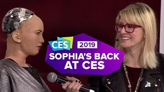 CES 2019: Sophia the Robot is back, and she brought Little Sophia