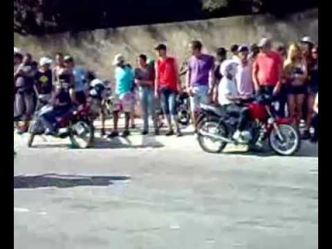 Altas manobras de moto como zerim, bobs, cabritos , MMC