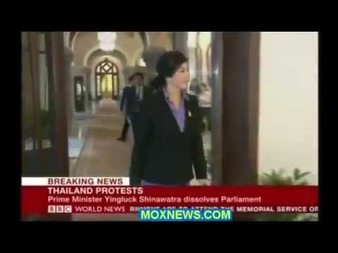 กำนันสุเทพ Thailand Protests PM Yingluck Dissolves Parliament