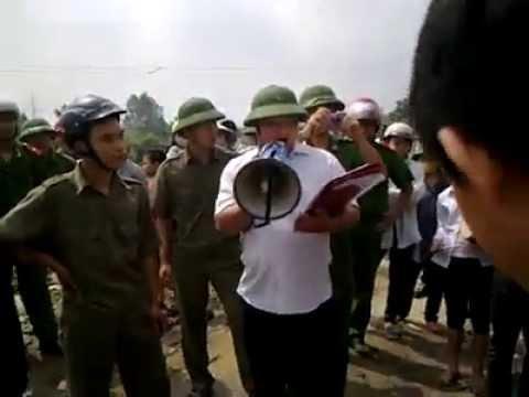 Dân Oan VN - bà con chống CA cưỡng chế đất tại Xã Từ Sơn, Bắc Ninh 20-6-2013