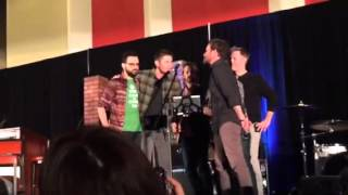 Chicago Supernatural Con 2014: Jensen, Richard, and Louden Swain singing the Eagles