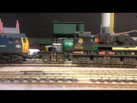 Kadee Coupling Fitted to Heljan Class 26 and Hornby Breakdown Crane