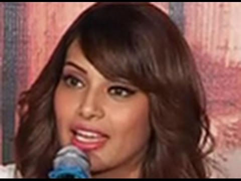Bipasha Basu on Humshakals, Horror and  Harman Baweja
