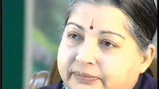 Watch what Angry Jayalalithaa did during Karan Thapar In..