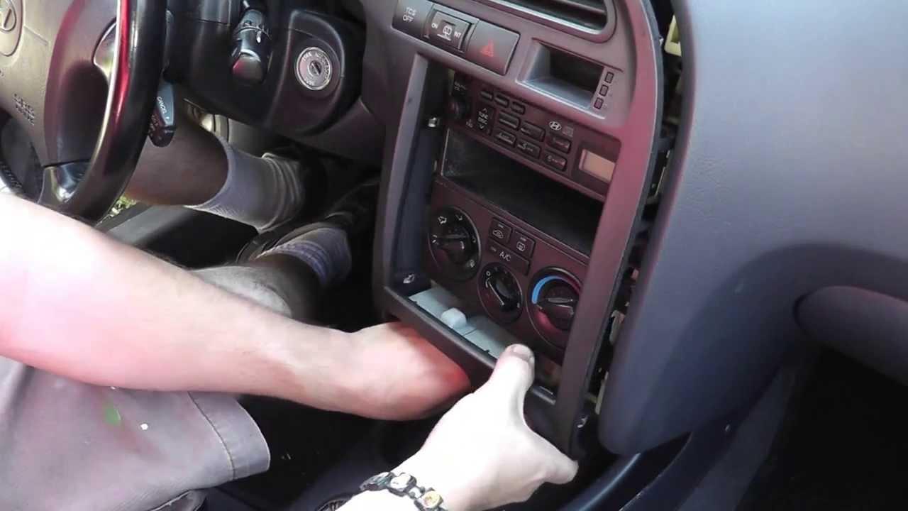 00 06 Hyundai Elantra Radio Removal And Installation Diy