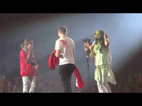 Thirty Seconds to Mars - Up in The Air (+ wedding proposal) @ Zenith de Paris 18.02.14