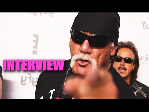 Hulk Hogan Challenges Bruce Jenner To A Wrestling Match
