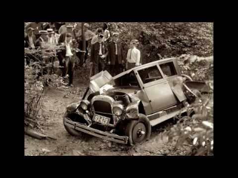 Vintage overused car crash sound effect!