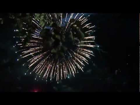 Video: Mall of Asia Fireworks, New Years Eve 2011 by Ver Villanueva