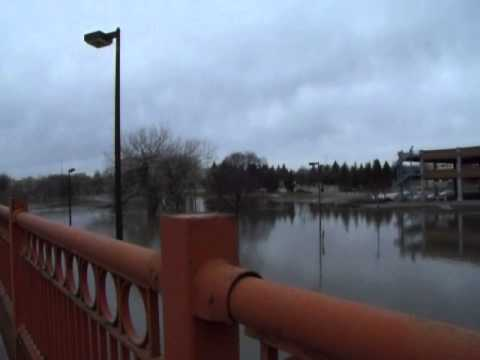 UPDATE!! Fargo/Moorhead Flood 2013
