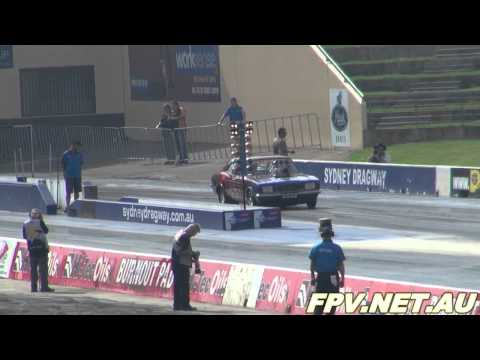 BLOWN V8 FORD CORTINA RUNS 8.39 @ 160 MPH - SYDNEY DRAGWAY 28.4.2012