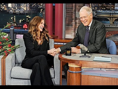 "Julia Roberts Slams Pregnancy Rumors, Says ""No"" Chance of Fourth Child (Photos)"