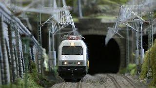 Die superschöne Modellbahn mit Straßenbahn in H0 vom MEC Wuppertal