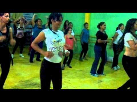 Taller de Salsa Estilo Chica Pasion Latina