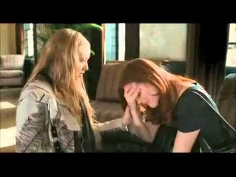 Amanda Seyfried and Ju...