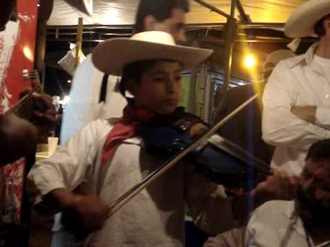 Hình ảnh trong video Tierra Caliente. El Becerrero (Autor J