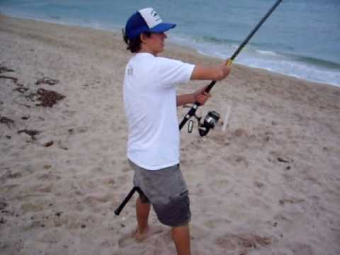 Beach shark fishing youtube for Shark fishing gear for beach