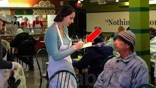 دخل متسول الى أحد المطاعم فرفضه الجميع | ولكن عندما علموا من هو شاهد ما حدث !! |