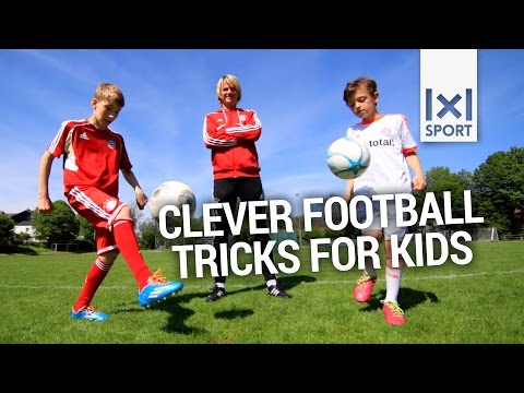 Cool Soccer Tricks For Kids - TOP 4 - Easy Football Skills ...