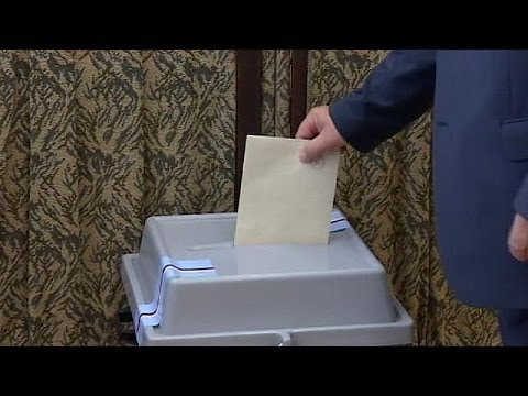 Czech Republic election: Social Democrats ahead in early exit polls