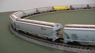 Exactrail N Scale Trinity 5161 Covered Hoppers (Grain Train)