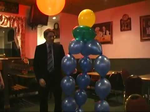 Balloon decorations popping balloons and balloon toys for Balloon decoration ideas youtube