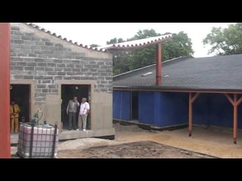 Смотреть видео Реконструкция вентспилской гребной базы «Дампели»