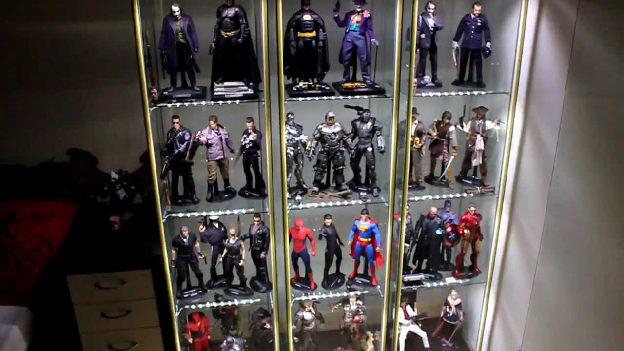 Hot toys detolf display cabinet tips youtube for Hot toys display case ikea