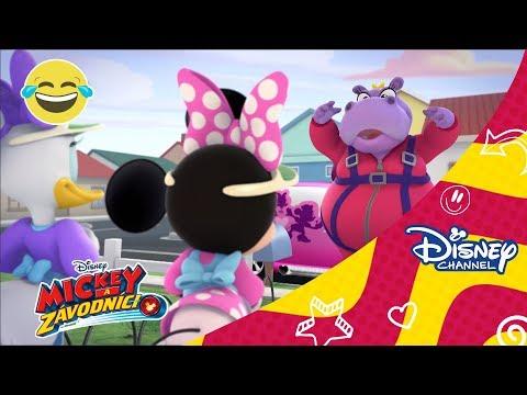 Mickey a závodníci - Pomocníčky strážia Ťapku