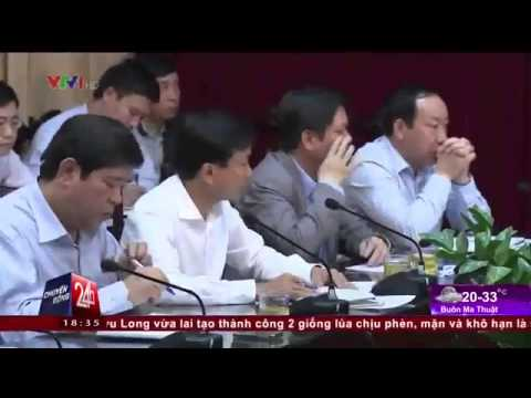 Bộ trưởng Đinh La Thăng chỉ thẳng mặt quan chức  'Đây không phải chỗ để các anh làm tiền'