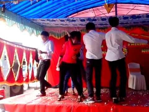 Bà tưng Cùng vũ đoàn abc nhảy đám cuới