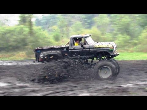 Old Black Ford Mudding At Stampers Mud Bog