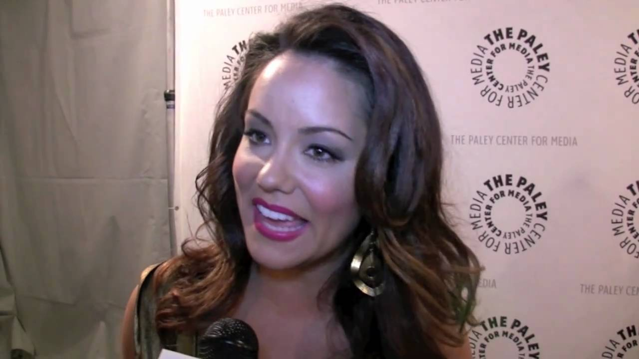 Displaying 7 gt images for katy mixon two and a half men