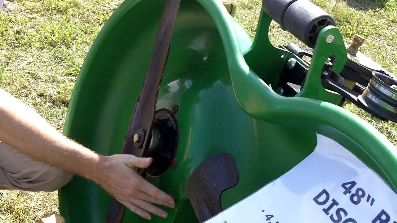 john deere plateaux de coupe du nouveau tracteur tondeuse diesel x950r par thomas cormier. Black Bedroom Furniture Sets. Home Design Ideas