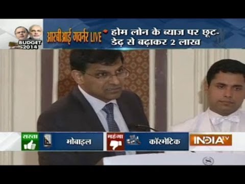 RBI Governor Raghuram Rajan addressing Media persons after Budget Declaration