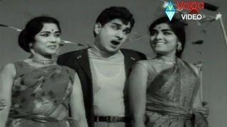 Buddhimanthudu Songs - Bhummeda Sukhapadite - ANR Vijaya Nirmala