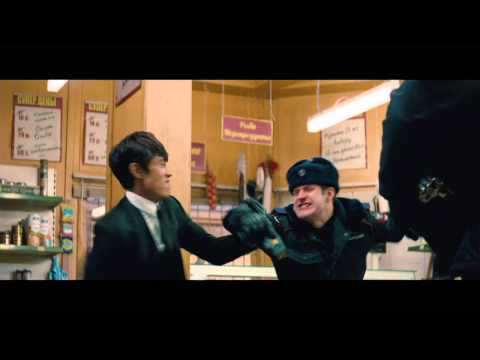 RED 2 - Movie Clip [Convenience Store Fight] HD