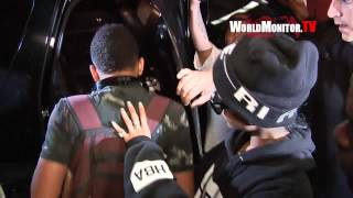 'Rihanna' swarmed by Paparazzi at LAX questioned about Miley Cyrus VMA Performance view on youtube.com tube online.