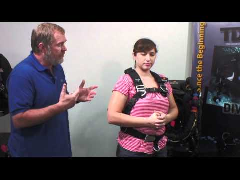 Scuba Diving: TransPac XT Fitting for Women