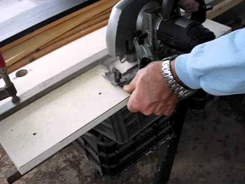 Corte de madera de forma sencilla con sierra circular portátil.