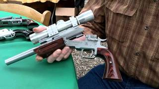 Freedom Arms Single Shot Pistol At 2011 Hollywood